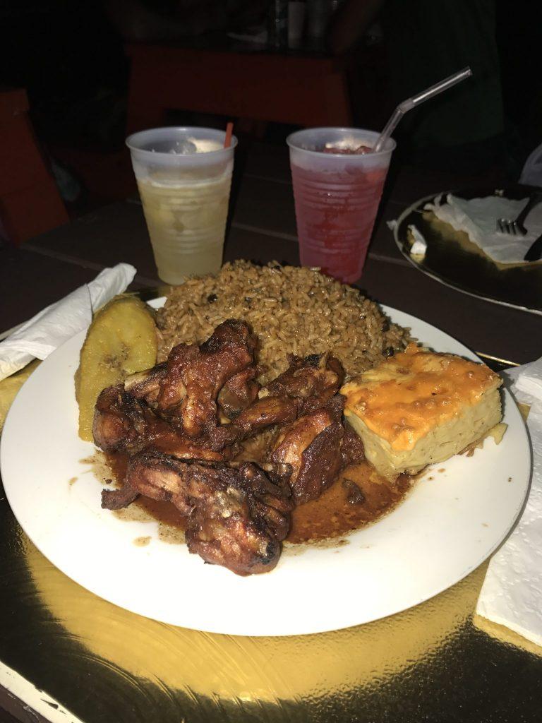 Long weekend in the bahamas nassau the exumas for Fish fry nassau