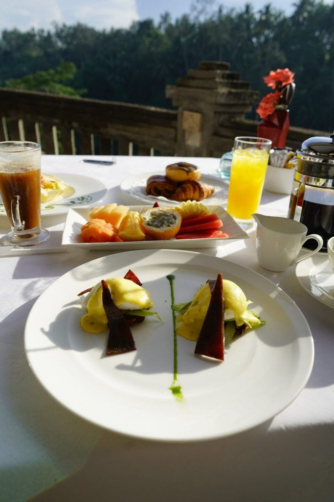 Eggs Benedict breakfast at Cascades Restaurant at The Viceroy Bali
