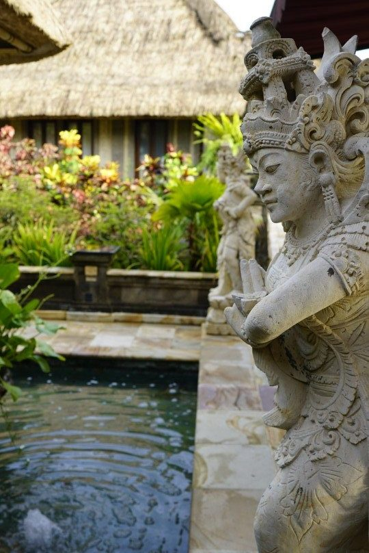 Spa area at The Viceroy Bali with Hindu statue