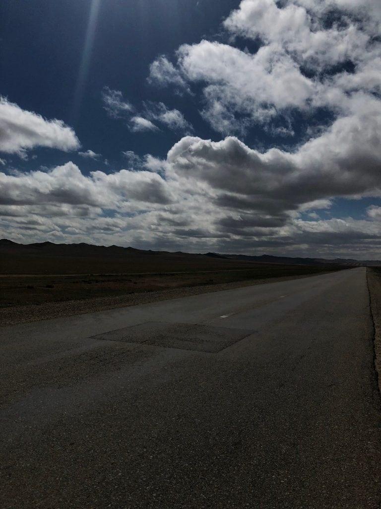 Road from Ulaanbaatar to Korokorum